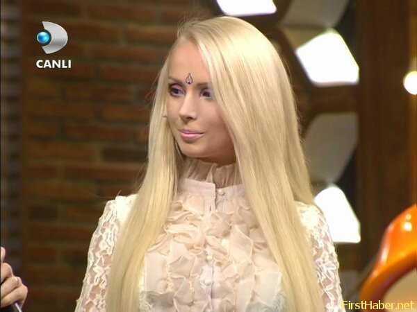 Beyaz Show Valeria Lukyanova Barbie Bebek