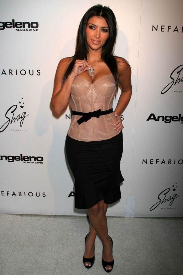 Kim Kardashian Fotoğrafları – Foto Galeri